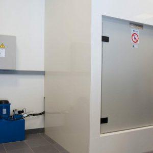 Kleingoederenlift voor opslag bij Bremmer Schoenen