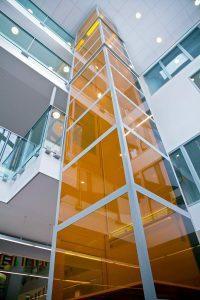 Platformlift 4 verdiepingen voor SKPO