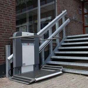 Plateautraplift voor Achmea Health Center in Doetinchem