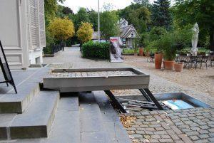 Hydro plateaulift voor invaliden bij Middelheim museum Antwerpen