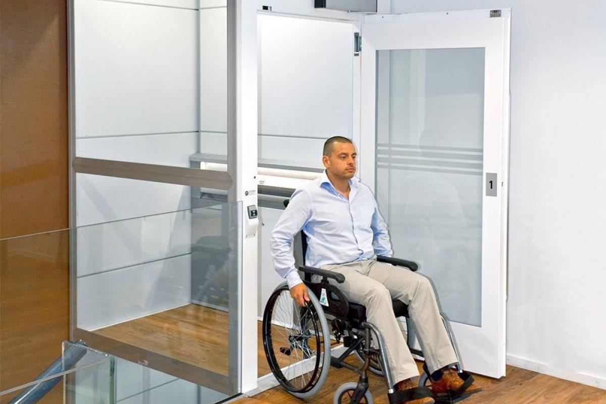 platformlift voor rolstoelgebruik